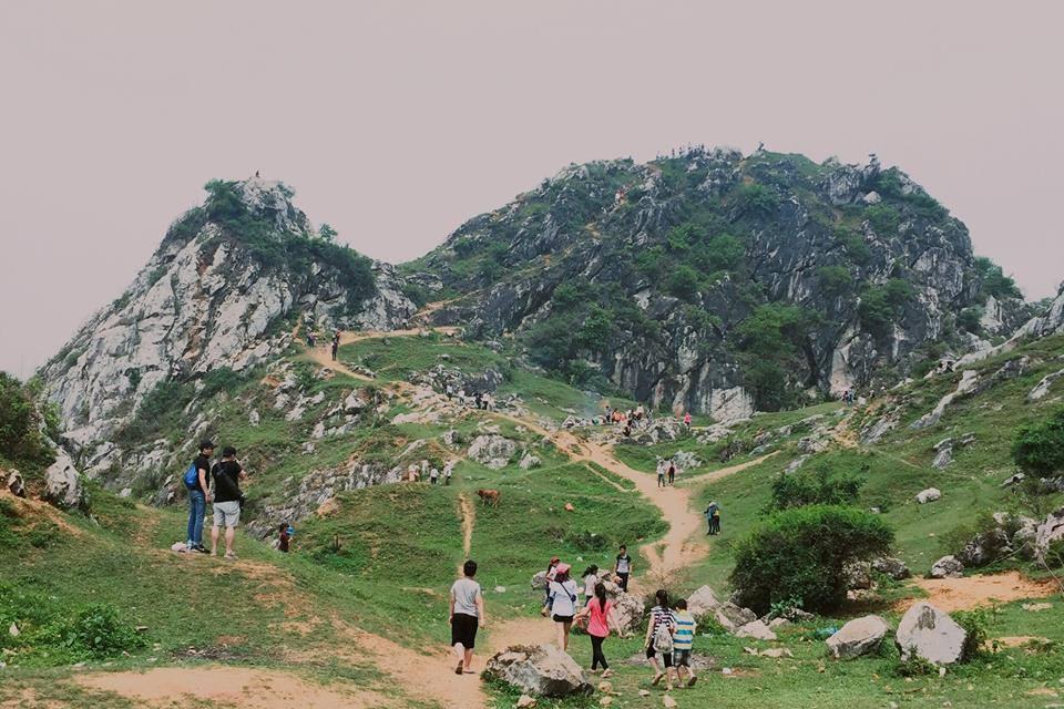 Núi Trầm