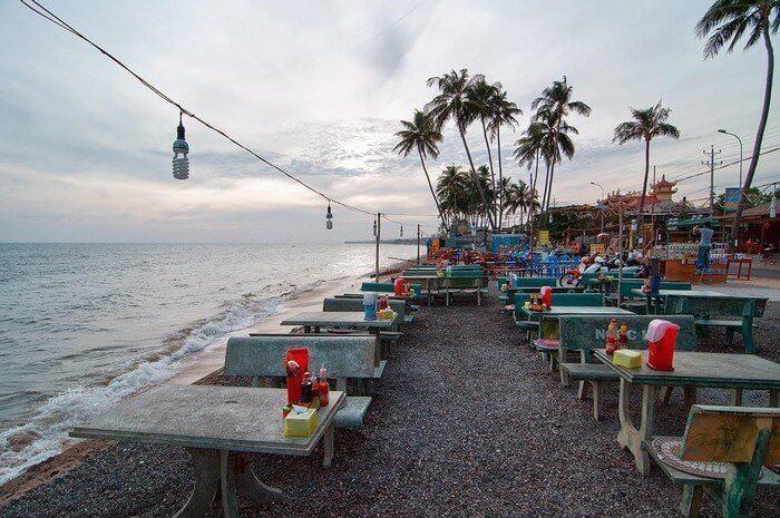 Nhà hàng hải sản ven biển Mũi Né