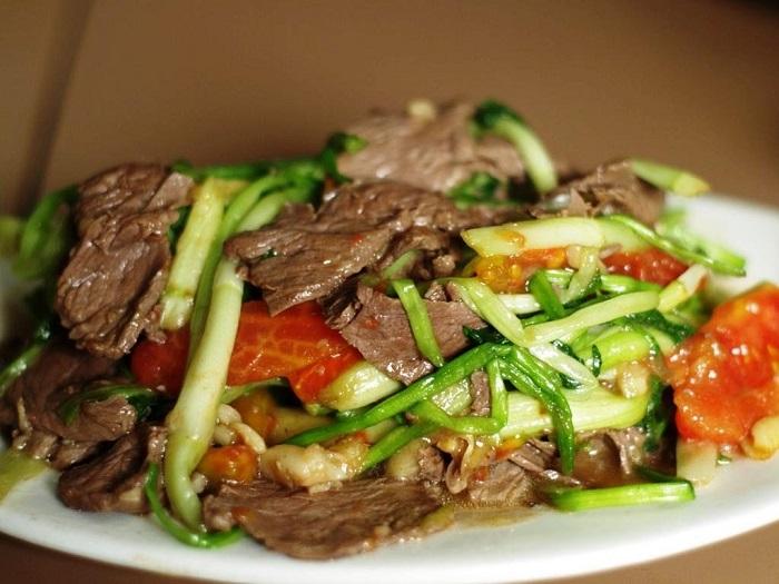 Thịt trâu là món đặc sản ở Đại Lải