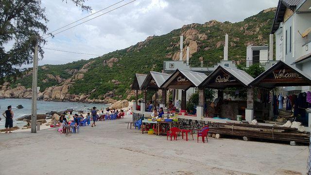 Nhà nghỉ ở Bình Ba