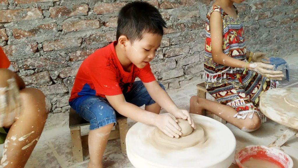 Trải nghiệm làm đồ gốm tại Bát Tràng